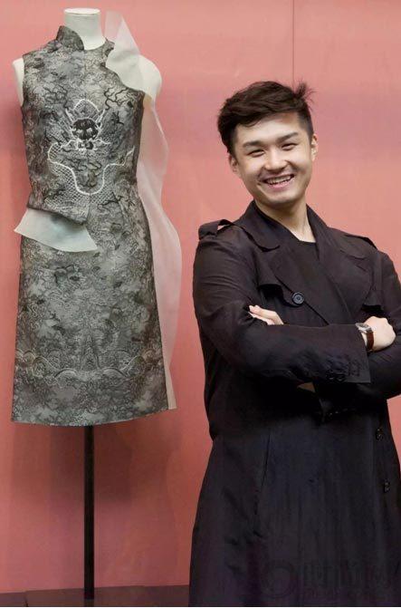 一席龙裙,他将中国制造带向世界