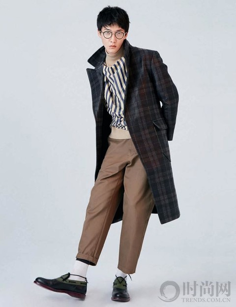 男人想要穿得有氣場又輕松 何不從一件大衣開始