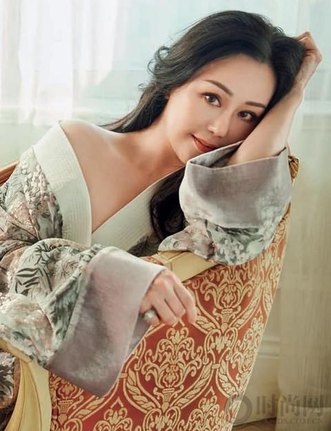 章小蕙 | 打扮得那么美 却不知爱谁