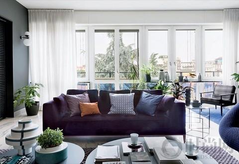 浓墨重彩的家 让生活也多了一些想象空间