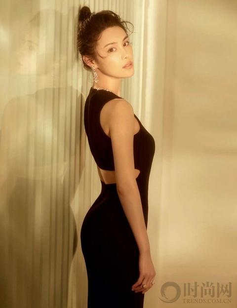 韩丹彤   不只简单的美丽