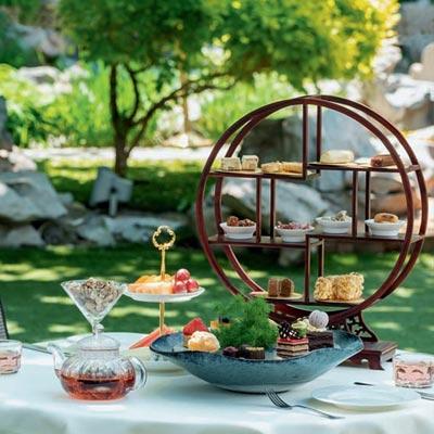 秀色佐餐 約個戶外下午茶吧!