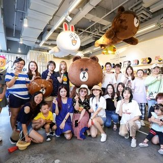 布朗熊生日月 与LINE FRIENDS共享生活喜悦