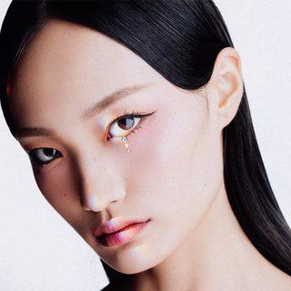 女團美貌,功勞一半靠眼妝