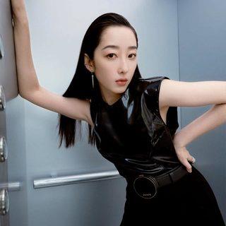 蒋梦婕分享她的直播间美妆术