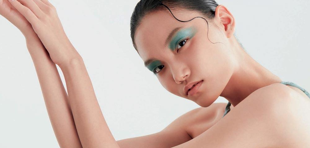 躺瘦化妆术是真的 修容是关键